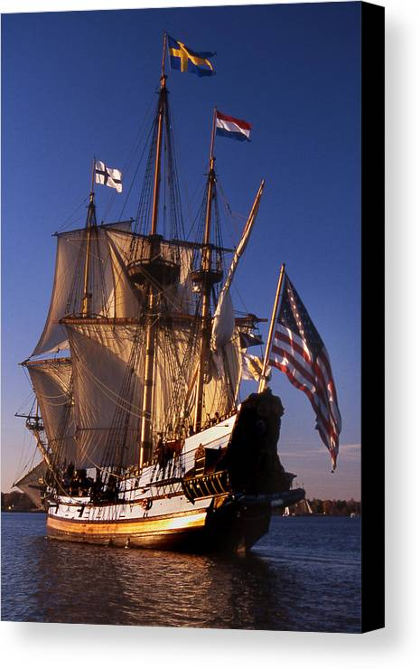 Sail Canvas Print featuring the photograph Kalmar Nyckel by Skip Willits