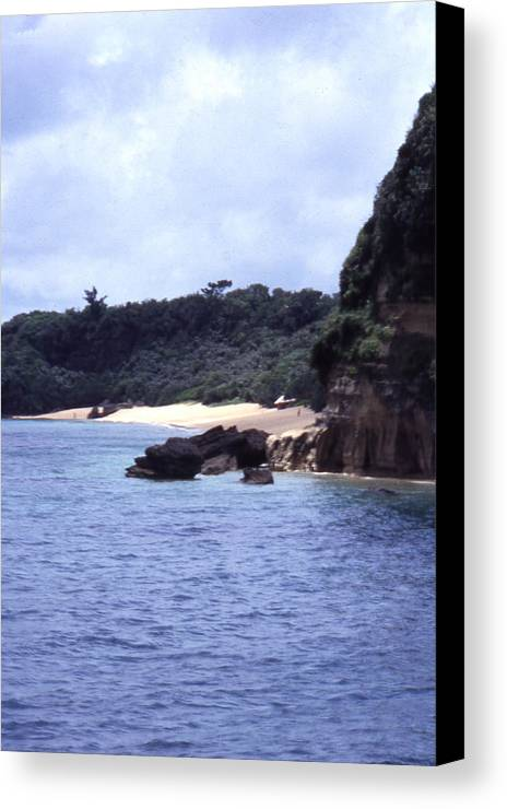 Okinawa Canvas Print featuring the photograph Okinawa Beach 10 by Curtis J Neeley Jr