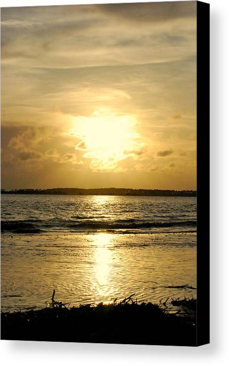 Seascape Canvas Print featuring the photograph Peace by Trudi Southerland