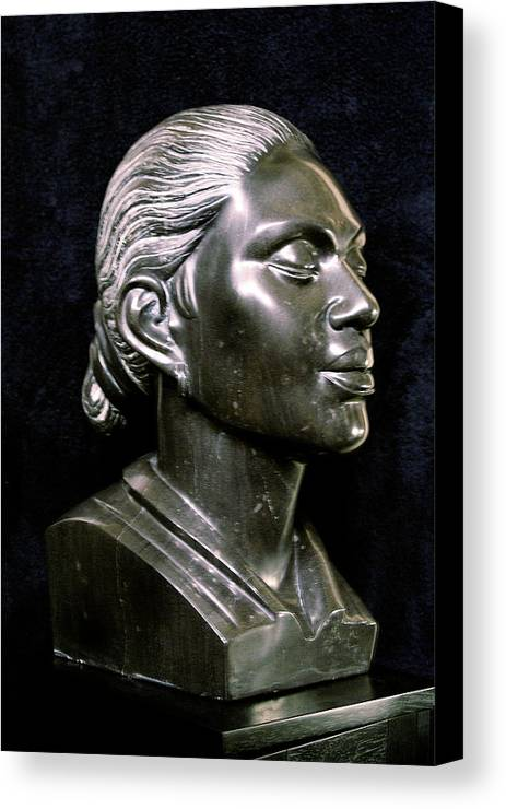 Sculpture Canvas Print featuring the sculpture Reminiscing by Curtis James