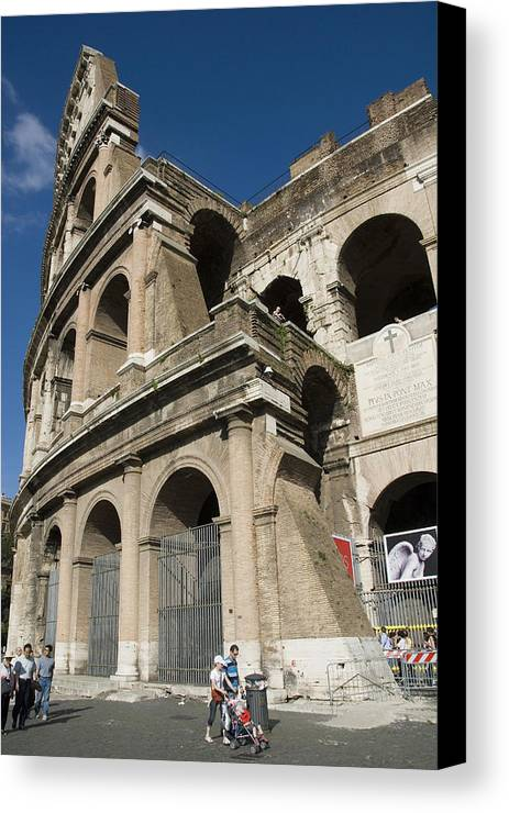 Coliseum Canvas Print featuring the photograph Roman Coliseum by Charles Ridgway