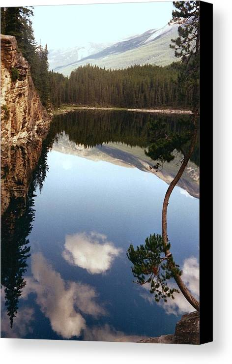 Mountains Canvas Print featuring the photograph Ultimate Reflection by Shirley Sirois