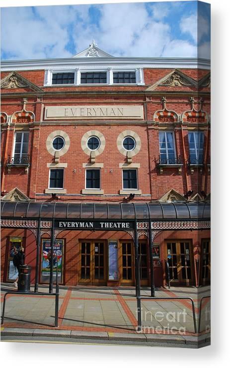 Theatre Canvas Print featuring the photograph Cheltenham Theatre by Luis Alvarenga