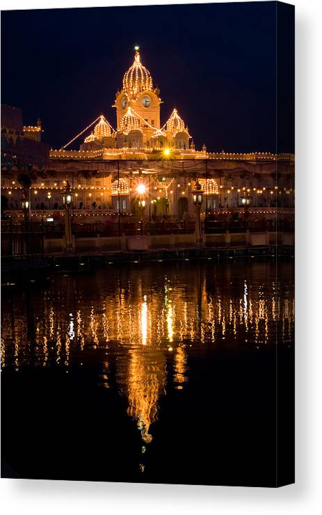 Golden Temple Canvas Print featuring the photograph Lighted One Of The Four Entrances by Devinder Sangha