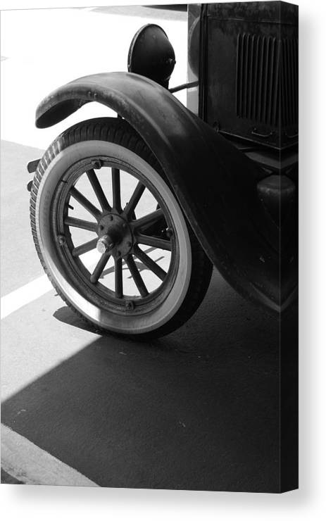 Black And White Canvas Print featuring the photograph 1926 Model T Ford by Rob Hans