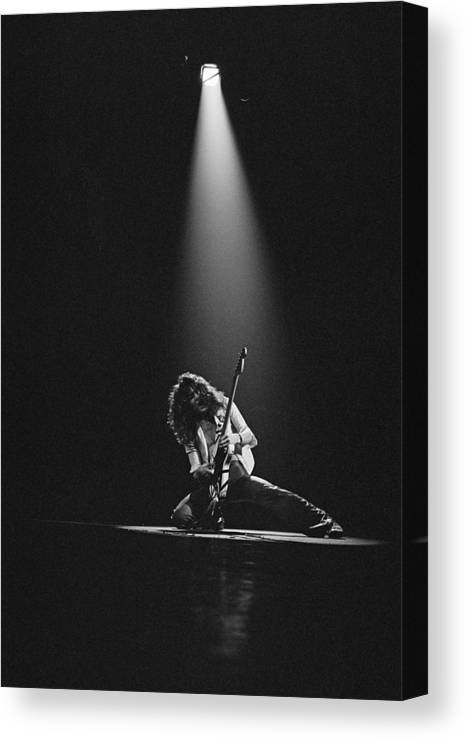 1980-1989 Canvas Print featuring the photograph Van Halen Live At The Rainbow by Fin Costello