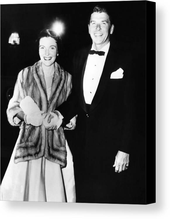 History Canvas Print featuring the photograph Ronald And Nancy Reagan Attended by Everett