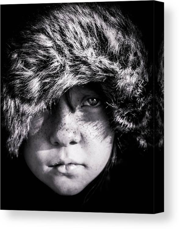 Portrait Canvas Print featuring the photograph Eyes On Stun by Ryan Dove