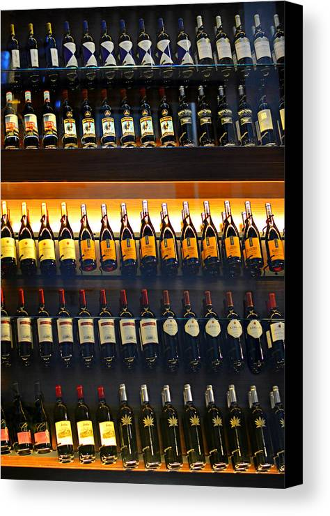 Wine Canvas Print featuring the photograph Vino by Laura Fasulo