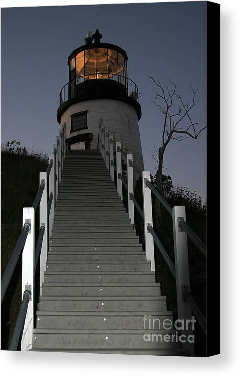 Paranormal Canvas Print featuring the photograph Owls Head Light by Brenda Giasson