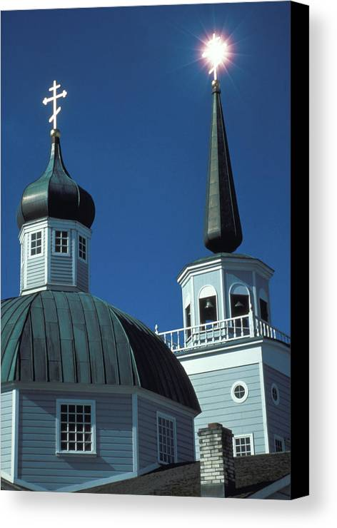 Russian Orthodox Canvas Print featuring the photograph Russian Orthodox Church by Carl Purcell