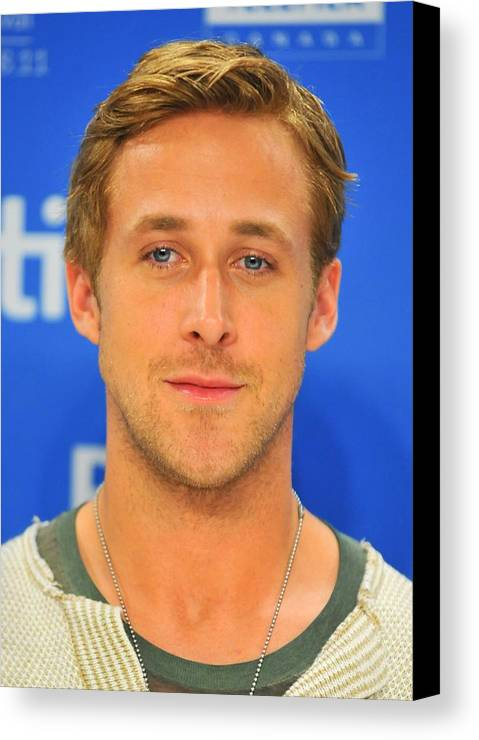 Ryan Gosling Canvas Print featuring the photograph Ryan Gosling At The Press Conference by Everett