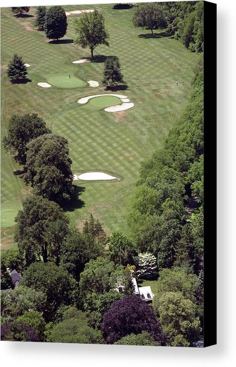 Philadelphia Cricket Club Canvas Print featuring the photograph 2nd Hole Philadelphia Cricket Club St Martins Golf Course by Duncan Pearson