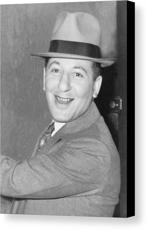 History Canvas Print featuring the photograph Louis Lepke Buchalter 1887-1944 by Everett