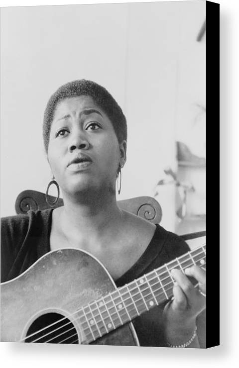 History Canvas Print featuring the photograph Odetta Holmes 1930-2008, African by Everett
