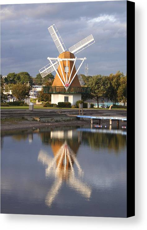 Windmill Canvas Print featuring the photograph Windmill Reflections Wm2014 by Mary Gaines