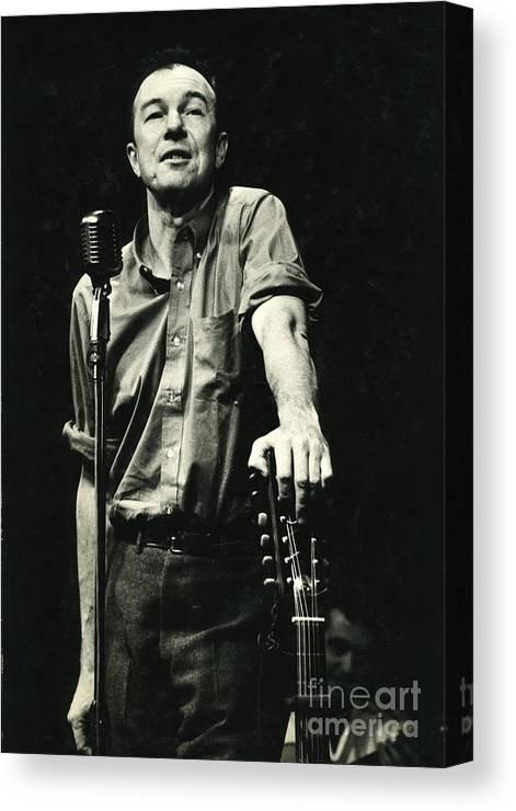 Pete Canvas Print featuring the photograph Pete Seeger by Erik Falkensteen