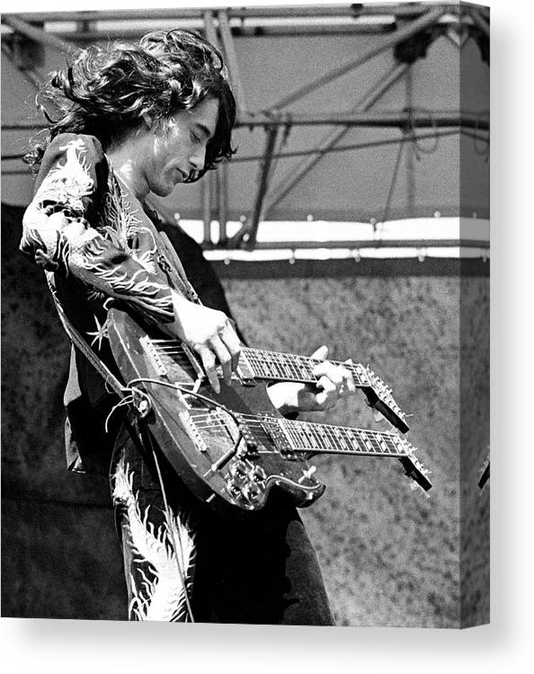 Led Zeppelin Canvas Print featuring the photograph Photo Of Jimmy Page And Led Zeppelin by Ed Perlstein