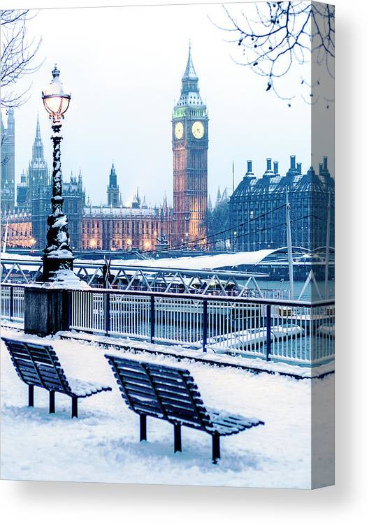 Clock Tower Canvas Print featuring the photograph Houses Of Parliament In The Snow by Doug Armand