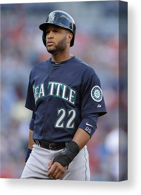 Atlanta Canvas Print featuring the photograph Seattle Mariners V Atlanta Braves by Mike Zarrilli