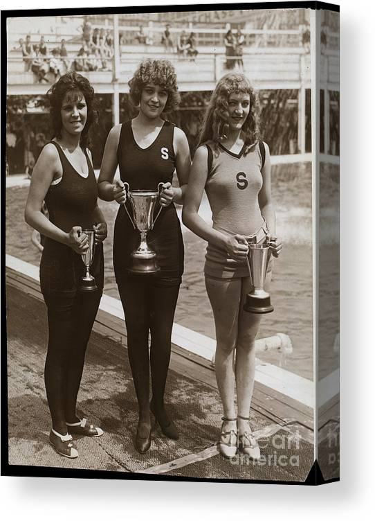 People Canvas Print featuring the photograph Beauty Contest Winners At Brighton Beach by Bettmann