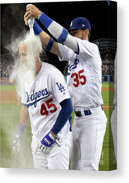Three Quarter Length Canvas Print featuring the photograph Cody Bellinger by Harry How