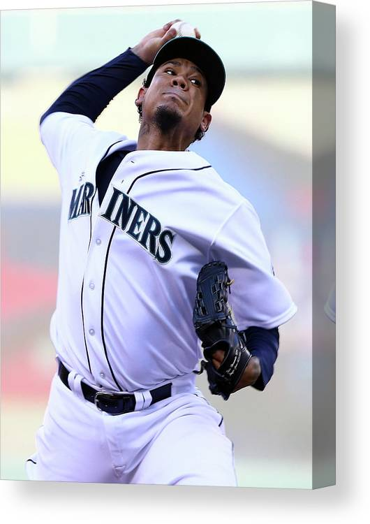 People Canvas Print featuring the photograph Felix Hernandez by Elsa
