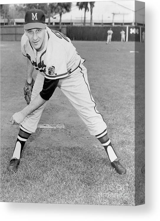1950-1959 Canvas Print featuring the photograph Warren Spahn by National Baseball Hall Of Fame Library