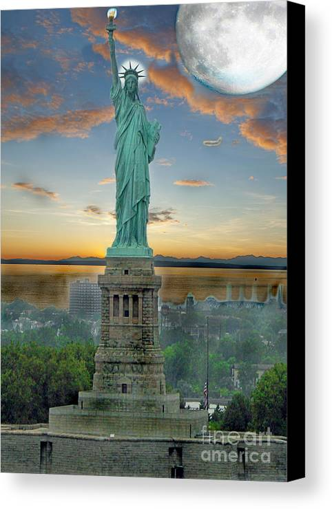 Statue Canvas Print featuring the photograph Goddess Of Freedom by Gary Keesler