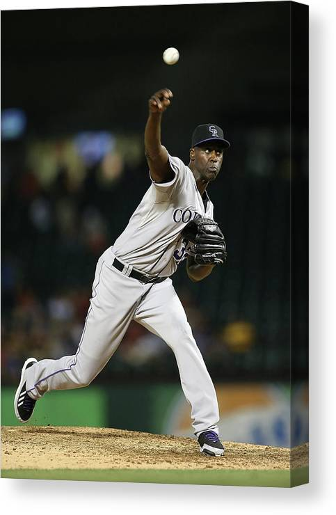 Ninth Inning Canvas Print featuring the photograph Latroy Hawkins by Rick Yeatts