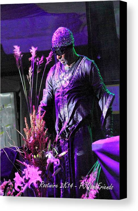 Artist Rw2k14 Canvas Print featuring the photograph Artist Rw2k14 by PJQandFriends Photography