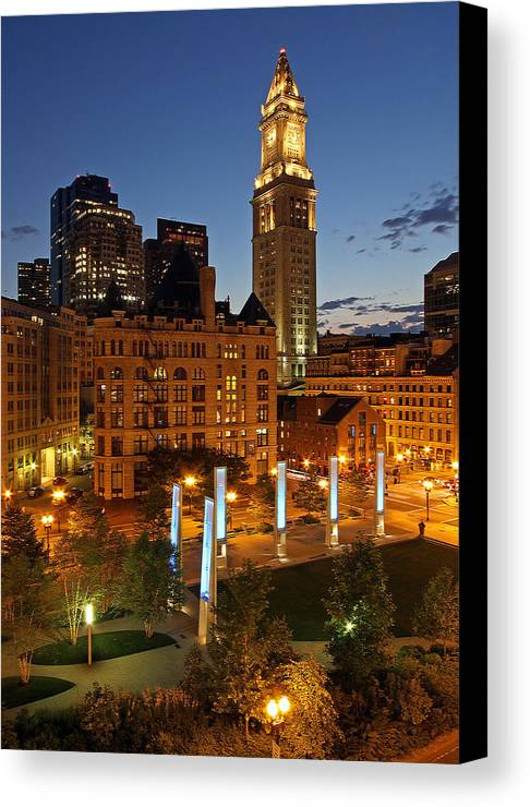 Boston Canvas Print featuring the photograph The Custom House Of Boston by Juergen Roth