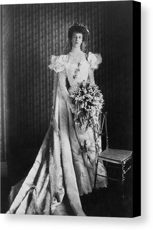 1905 Canvas Print featuring the photograph Anna Eleanor Roosevelt by Granger