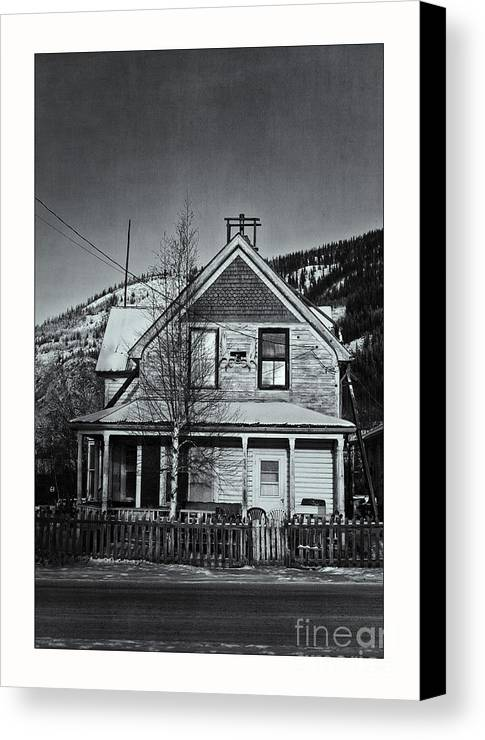 Charming Canvas Print featuring the photograph King Street by Priska Wettstein