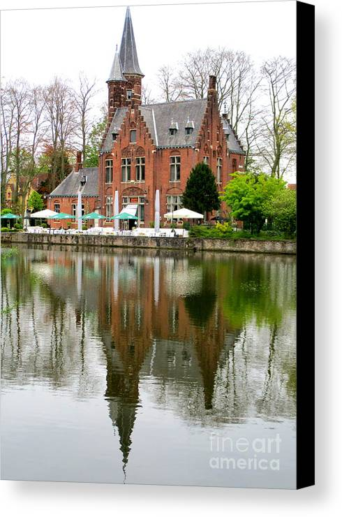 Bruges Canvas Print featuring the photograph Bruges Kasteel Minnewater by Randall Weidner