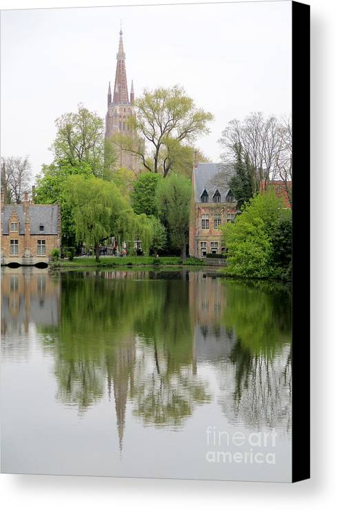 Bruges Canvas Print featuring the photograph Bruges Minnewater 3 by Randall Weidner