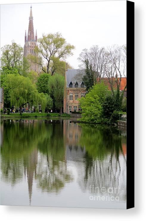 Bruges Canvas Print featuring the photograph Bruges Minnewater 4 by Randall Weidner
