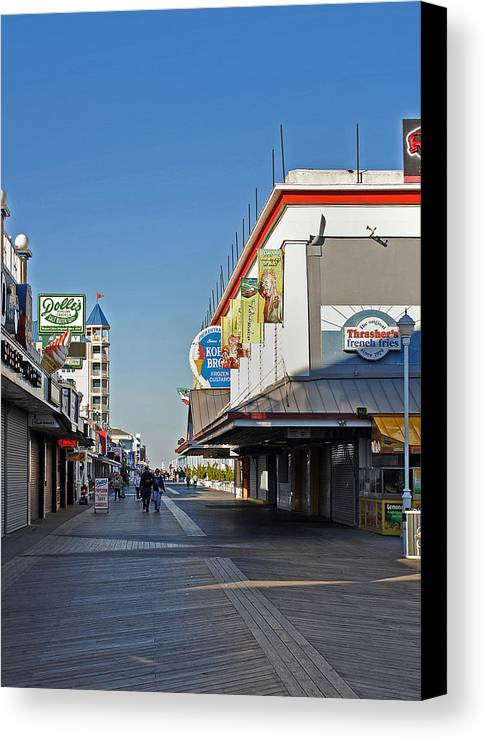 Fair Canvas Print featuring the photograph Oc Boardwalk by Skip Willits