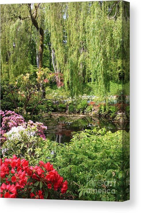 Gardens Canvas Print featuring the photograph Garden Splendor by Carol Groenen