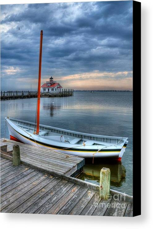 Boats Canvas Print featuring the photograph Manteo Waterfront 2 by Mel Steinhauer