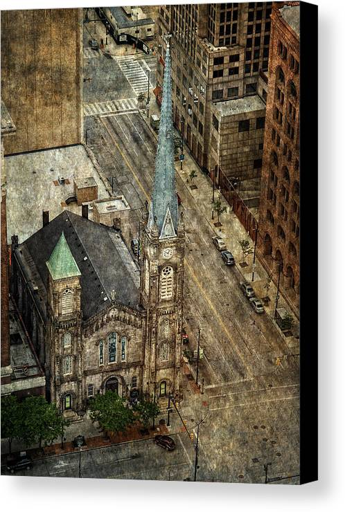 Old Stone Church Canvas Print featuring the photograph Old Stone Church by Dale Kincaid