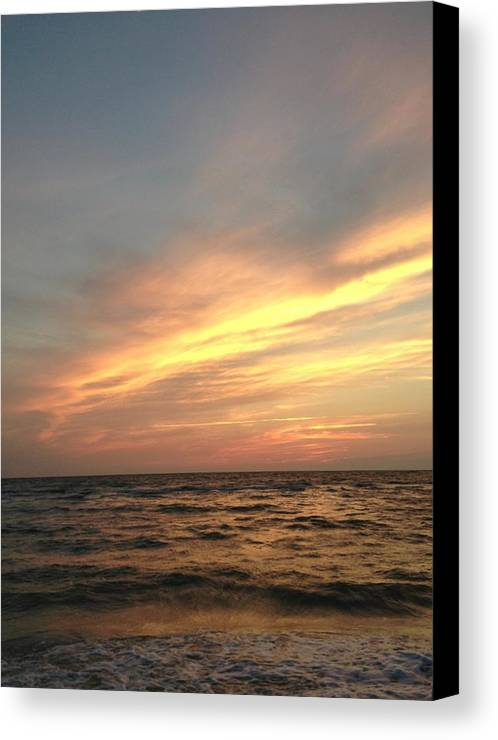 Sunset Canvas Print featuring the photograph Slanted Setting by K Simmons Luna