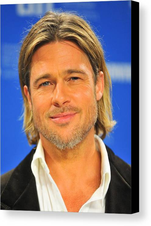 Brad Pitt Canvas Print featuring the photograph Brad Pitt At The Press Conference by Everett