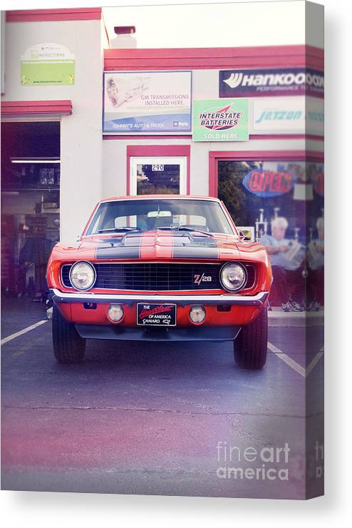 Cars Canvas Print featuring the photograph Chevrolet Camaro Z28 In Front Of A Garage by Perry Van Munster