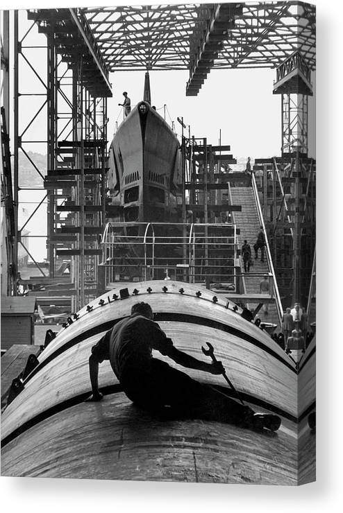 Wrench Canvas Print featuring the photograph Second World War Submarine Production by Us Army/science Photo Library