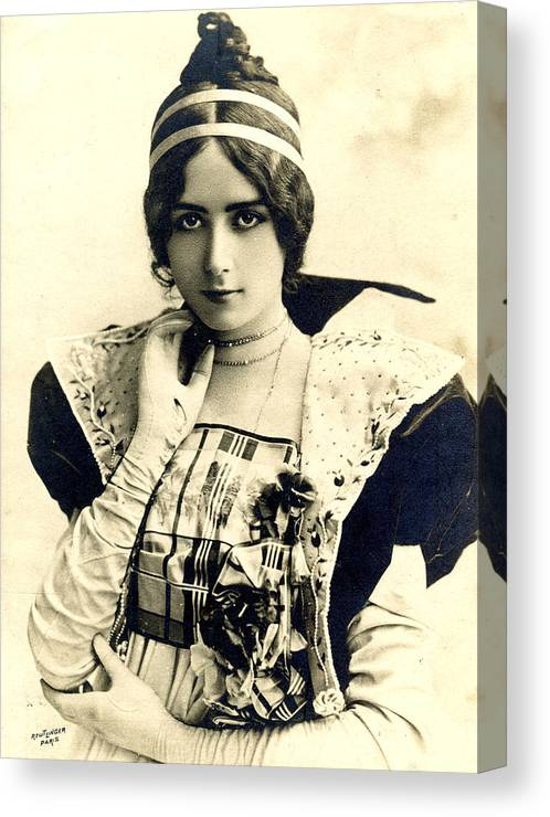 Cleo De Merode Canvas Print featuring the photograph Cleo De Merode by Not known