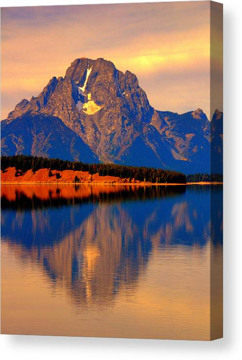 Lake View Canvas Print featuring the digital art Yellowstone Park by Aron Chervin