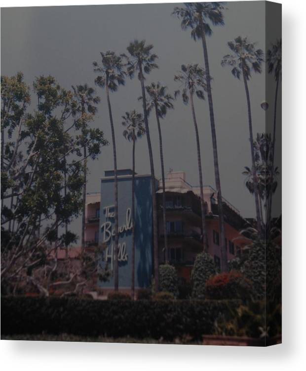 Beverly Hills Canvas Print featuring the photograph The Beverly Hills Hotel by Rob Hans