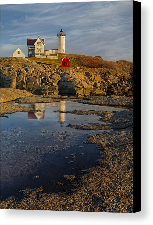 Nubble Lighthouse Canvas Print featuring the photograph Reflecting On Nubble Lighthouse by Susan Candelario