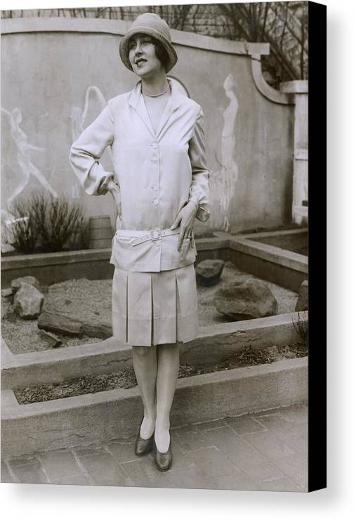 History Canvas Print featuring the photograph 1927 Suit With A Mid-knee Pleated Skirt by Everett